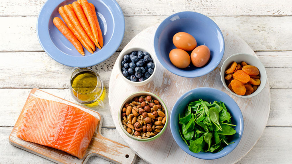 Foods To Naturally Enhance Your Vision