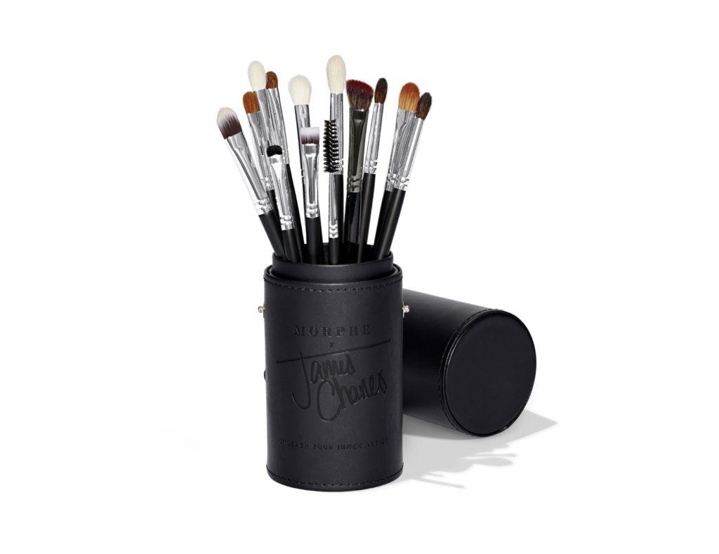 Best Morphe Eyeshadow Brush: M224 Oval Camouflage Brush from Morphe x James Charles The Eye Brush Set